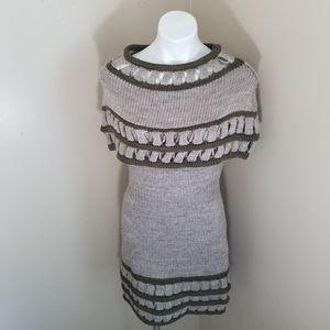 Love Stitch Pelham Shoulder Shaw Dress size large